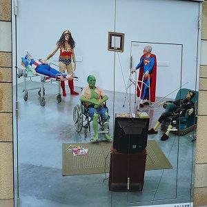 老いはさだめ、さだめは死- 医学と芸術展